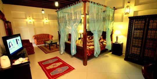 vae-dubai-ahmedia-heritage-guesthouse-room-familiy
