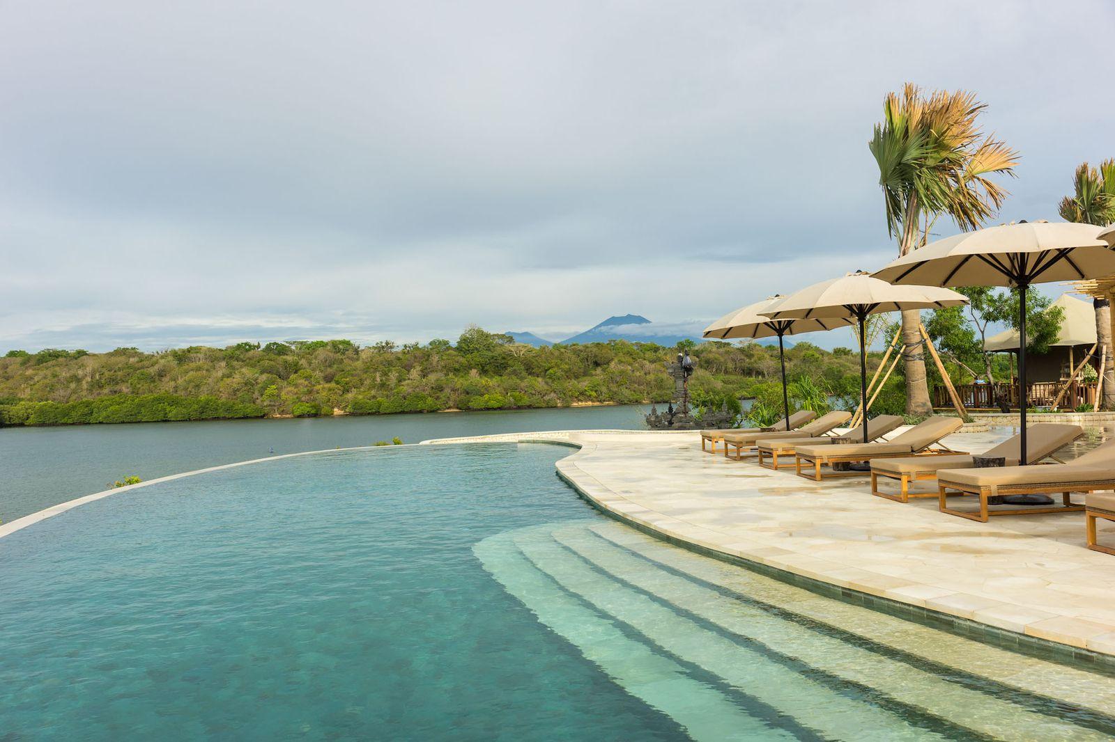 The Menjangan Beach Villa
